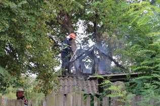 incendiu casa la Zaicesti- Botosani (2)