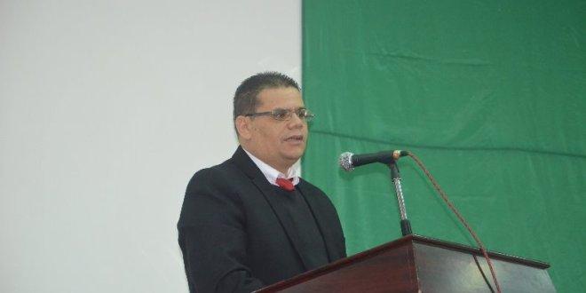 كلمة الدكتور خضري حمزة في محاضرة مكاسب الصحافة
