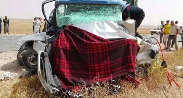 حادث مروري يؤدي الى هلاك أربعة أفراد من عائلة واحدة بمنطقة التليلة ببئر الفضة
