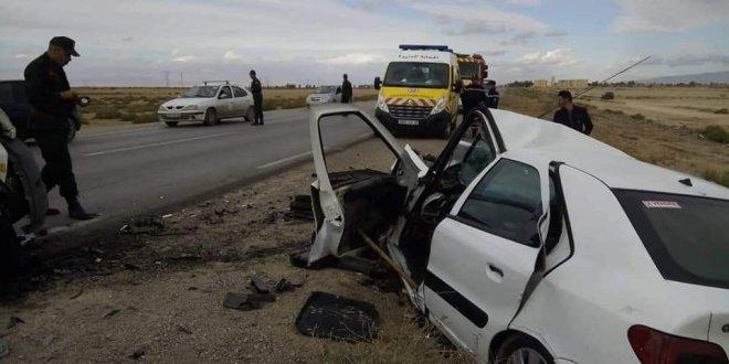 وفاة شخصين وإصابة اخر في حادث مرور بالطريق الوطني رقم 45 بين بانيو والشلال