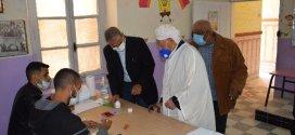 فيديو  سير عملية الاستفتاء على الدستور بمدرسة سيدي ثامر