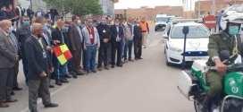 الوالي يشرف على حملةتحسيسية بمحطات النقل وتوزيع الكمامات للحد من انتشار  كورونا