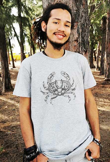 Tee-Shirt Crabe par Sacha - Sérigraphie artisanale - Saint-Leu île de la Réunion - Coton 100% Biologique - Équitable - Bouftang Art