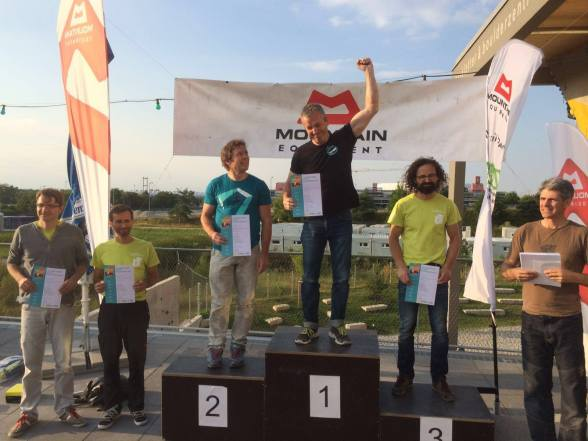 2016-Stadtmeisterschaft-München-Foto-Marco-Kost_Boulderwelt_Freimann_Oberlandcup (10)