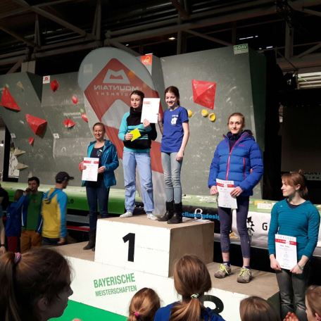2017-Oberlandcup-Climb_FREE-Boulderwelt-Athletenteam-Youngsters (1)