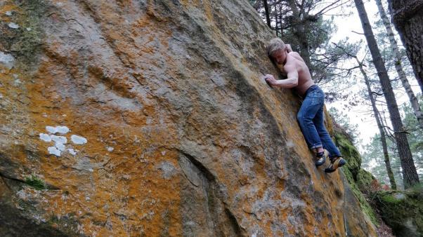 2019-Boulderwelt-Athletenteam-Ausfahrt-Bouldern-Klettern-Felsen-Fontainebleau (107)