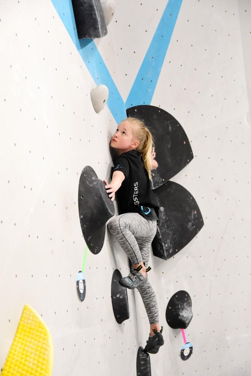 Erste Wettkampfsimulation 2020 in der Boulderwelt München Ost für unsere Youngsters