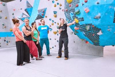 Boulderwelt Frankfurt - Kostenlose Einführung ins Bouldern