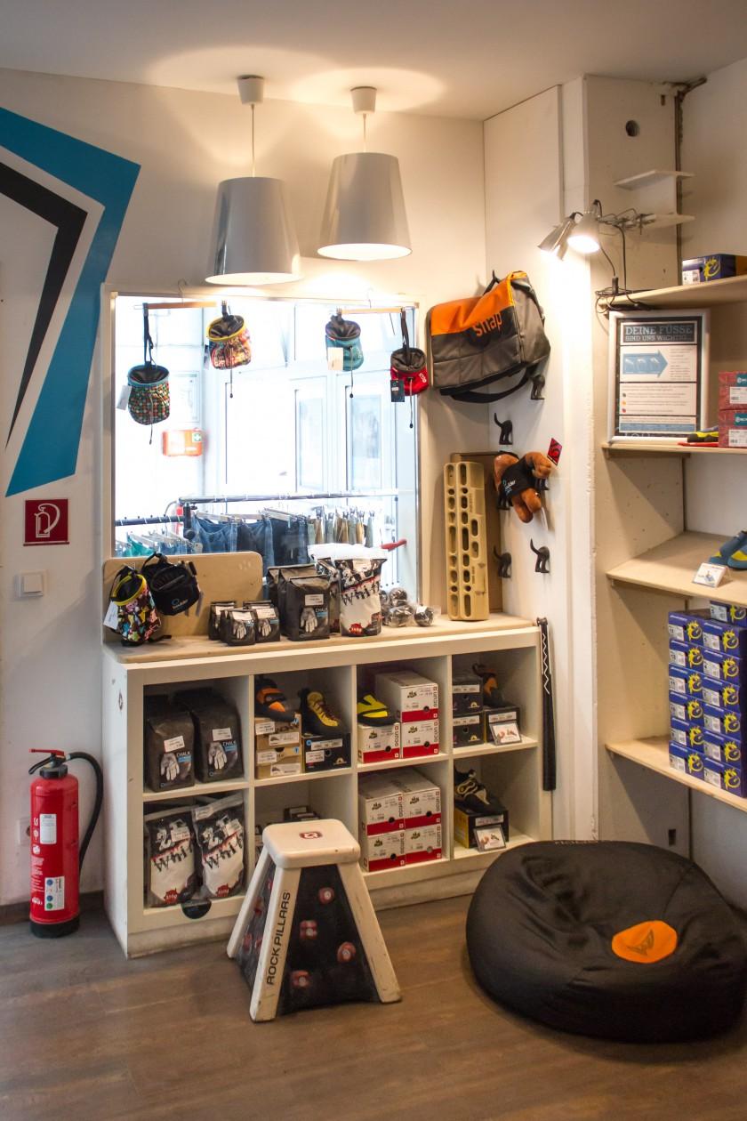 Shop Boulderwelt Frankfurt