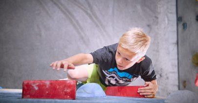 cropped-2017_Boulderwelt_Frankfurt_Boulderkids_Cup_Bouldern_Klettern_Event_Kids-62.jpg