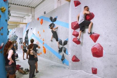 2018-Boulderwelt-Frankfurt-Bouldern-Klettern-Event-Veranstaltung-Spasswettkampf-day-of-the-boulder-DSF3609