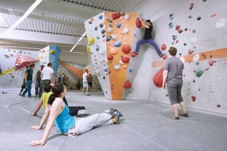 2018-Boulderwelt-Frankfurt-Bouldern-Klettern-Event-Veranstaltung-Spasswettkampf-day-of-the-boulder-MG_7742