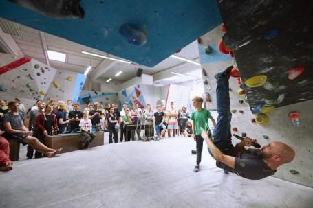 2018-Boulderwelt-Frankfurt-Bouldern-Klettern-Event-Veranstaltung-Spasswettkampf-day-of-the-boulder-MG_8257