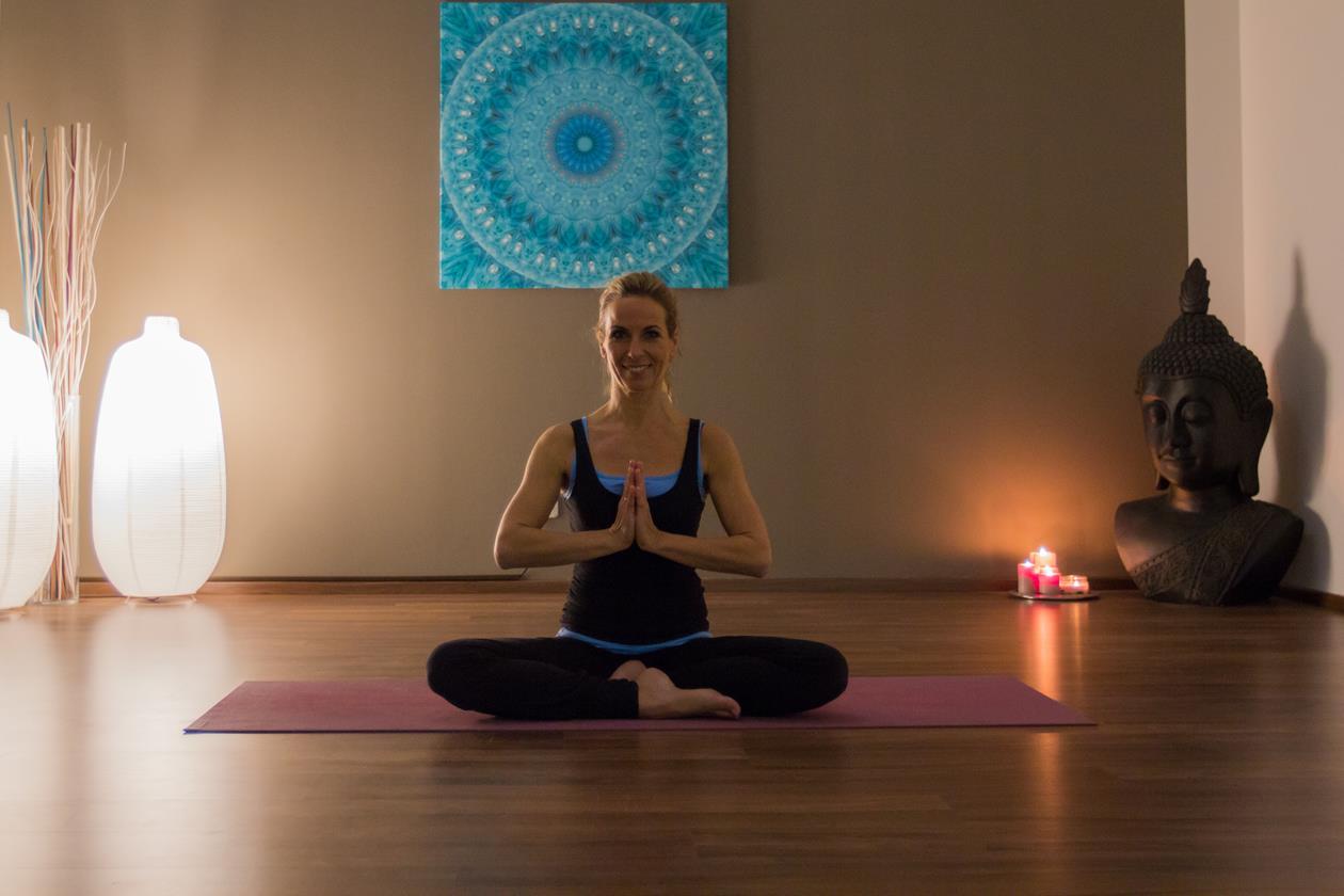 2015_Yoga_MartinaWIesent-7030