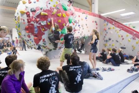 2016-boulderwelt-regensburg-event-spasswettkampf-soulmoves-sued-9-bouldern-klettern-1562