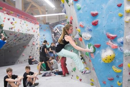 2016-boulderwelt-regensburg-event-spasswettkampf-soulmoves-sued-9-bouldern-klettern-1667