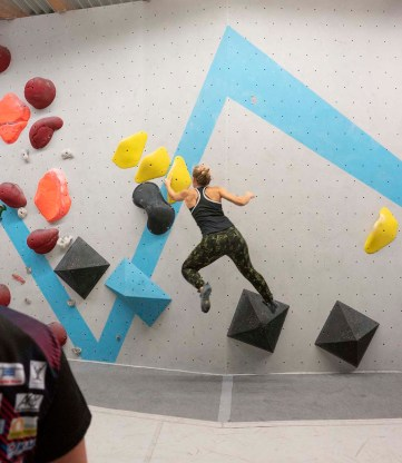 2019-Boulderwelt-Regensburg-Bouldern-Klettern-Event-Veranstaltung-Tech-Session-Bouldertechnik-Bouldertraining-Besser-Bouldern_5294