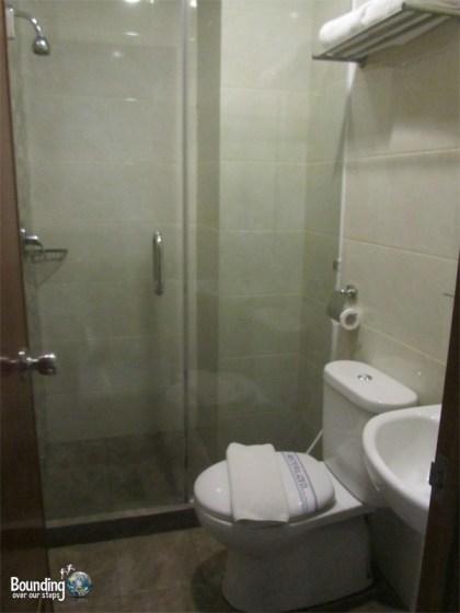Hotel 88 Embong Kenongo - Surabaya - Bathroom
