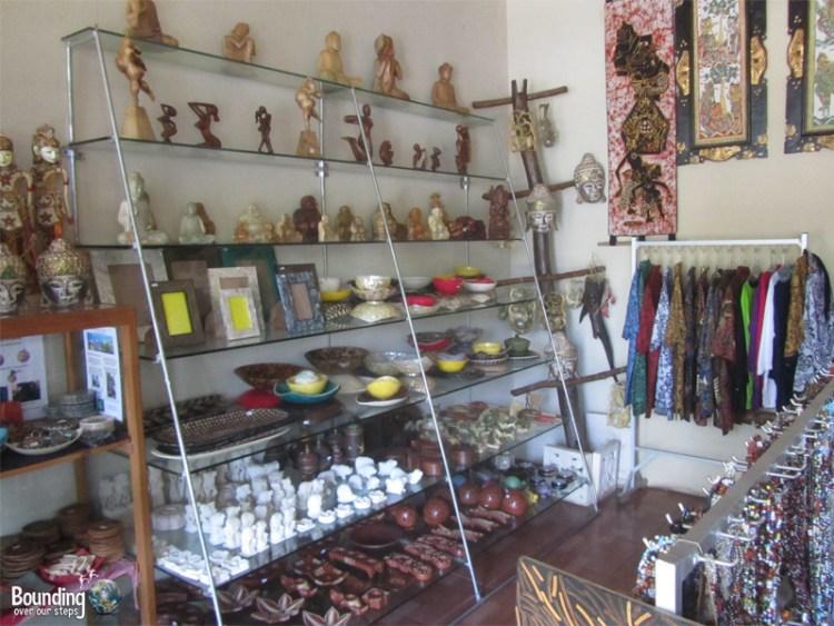 Taruna Homestay - Pemuteran, Bali - Art Gallery