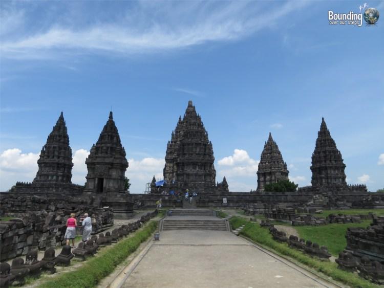 Temples of Yogyakarta - Borobudur and Prambanan - Approaching Prambanan