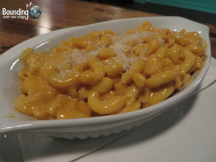 Hogtown Vegan - Macaroni and Cheese