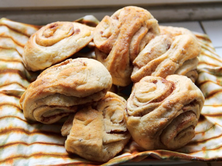 Vegan in Finland - Cinnamon Rolls