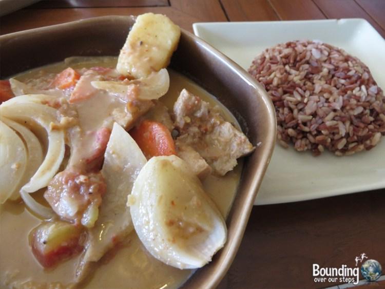 Vegan Friendly Countries - Thailand - Massaman Curry
