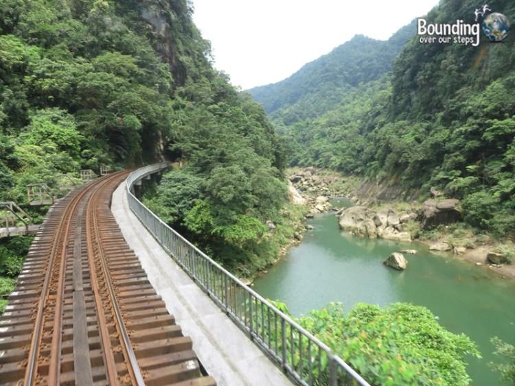 Finding Shifen Falls - Taiwan - Gorge