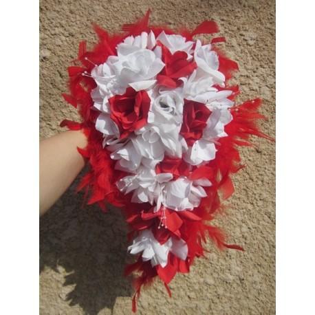 Bouquet Pour La Mariee Cascade Thme Roses Rouges Et