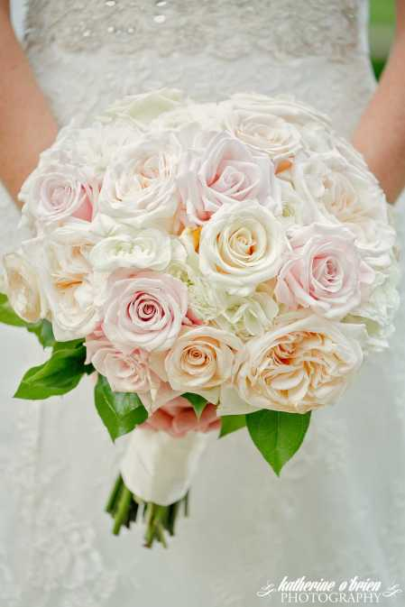 Classic all rose bouquet