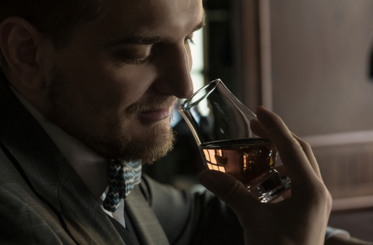 TEN RIDICULOUSLY NERDY THINGS TO THINK ABOUT WHEN YOU'RE SNIFFING WHISKEY