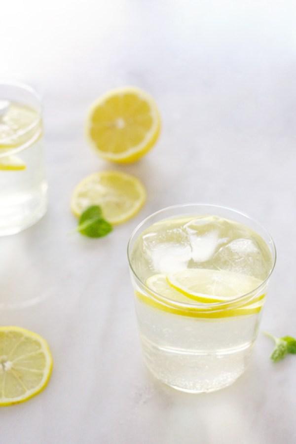 White Wine Spritzer   BourbonAndHoney.com
