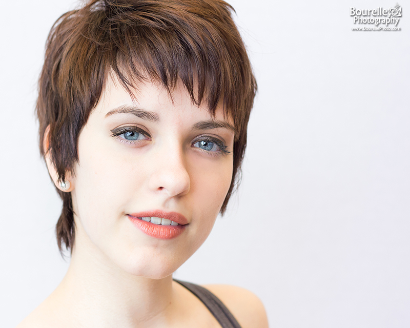 Headshot of a female actor from chicago