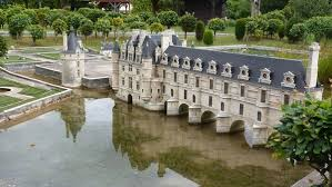 mini châteaux