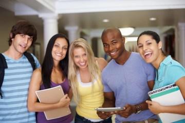 Bourses gratuites de L'Université Acadia au Canada