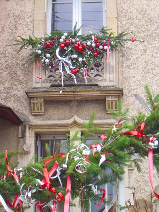 Déco De Noël à Faire Soi Même 20 Idées Accrocheuses Pour La Fenêtre