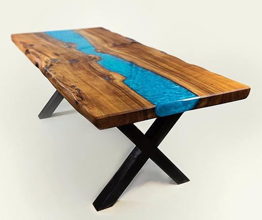 sicomin table riviere en resine epoxy