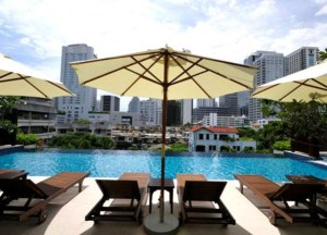 Infinity Pool, Buying an Apartment in Bangkok Expat Experience Sukhumvit