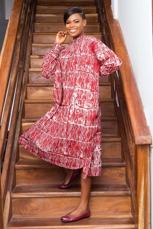 Robe rouge par Mablé Agbodan _ IMG_7211