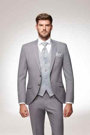 costume gris 3 pièces total look tendance 2022 classique chic