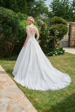 robe de mariée dos en transparence et dentelle, bas en tulle