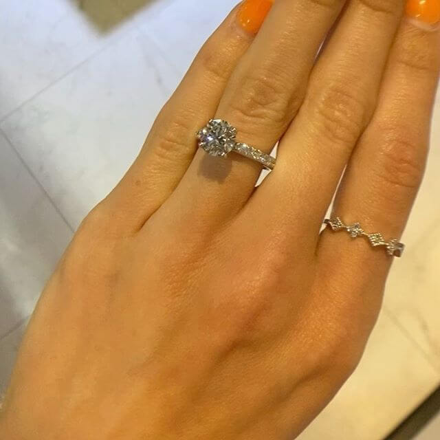 DALLAS LUSTROUS ENGAGEMENT RINGS AND WEDDING RINGS