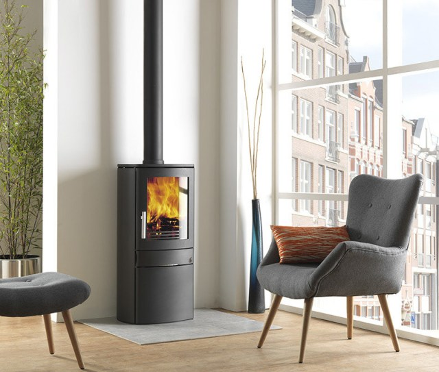 Differences between a wood-burning and multifuel stove