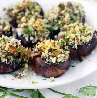 Italian Vegetarian Stuffed Mushrooms
