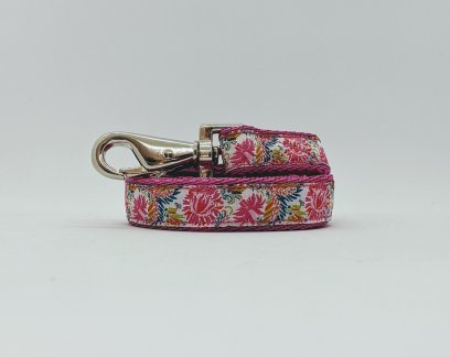 pretty floral dog lead