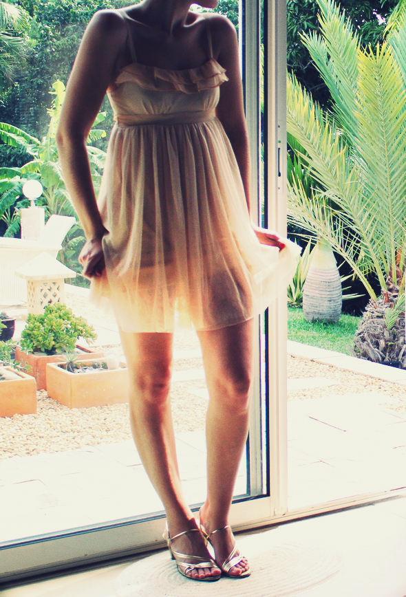 robe en tulle urban outfitters