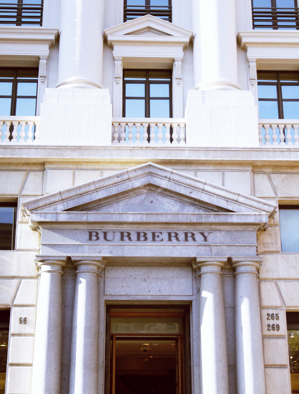 burberry barcelone espagne boutique