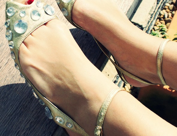 _jeffrey_campbell_jewel_sandals_nu_pieds
