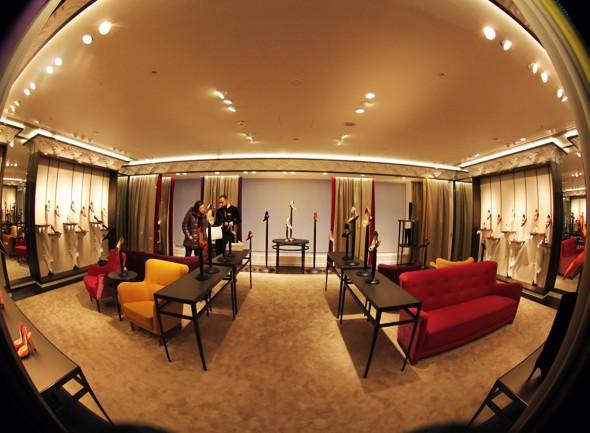 harrods shoe salon hall london manolo.jpg_effected