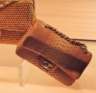 Chanel cuir exotique python